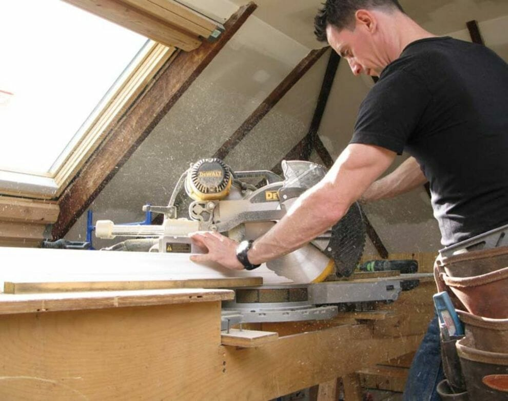 Best Feature To Consider In a Sliding Compound Miter Saw