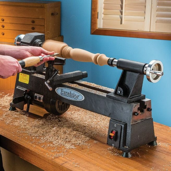 Best Features To Consider In a Mini Lathe
