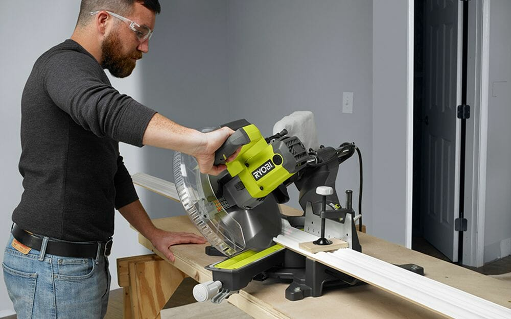 Safety Tips For Using a Mitre Saw